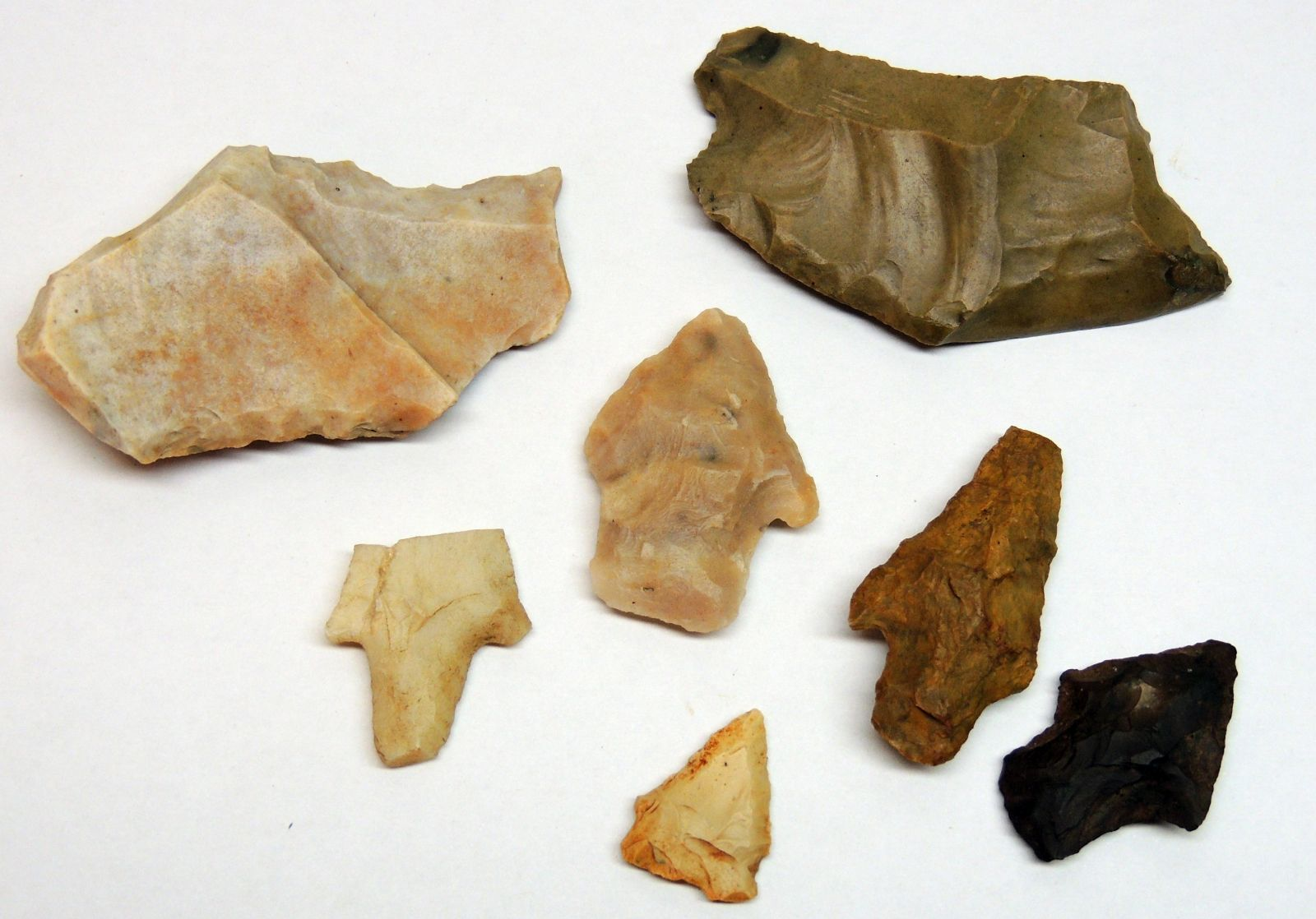 Various indian tools and points