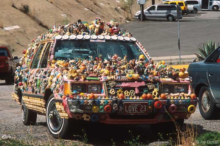 bizarre_cars2[1].jpg